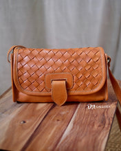 Load image into Gallery viewer, Authentic Leather Crossbody Bag (HL00010)