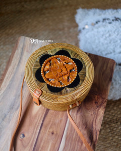 Wood Carved Rattan Bag Bali (SINGARAJA BAG)