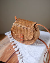 Load image into Gallery viewer, Rattan Satchel Bag Bali (WATAMPONE BAG)