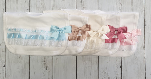 Slot Ribbon Ruffle Bow Bibs