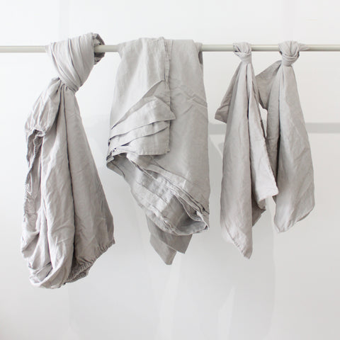 Cultiver Linen Sheet Set in Smoke Grey