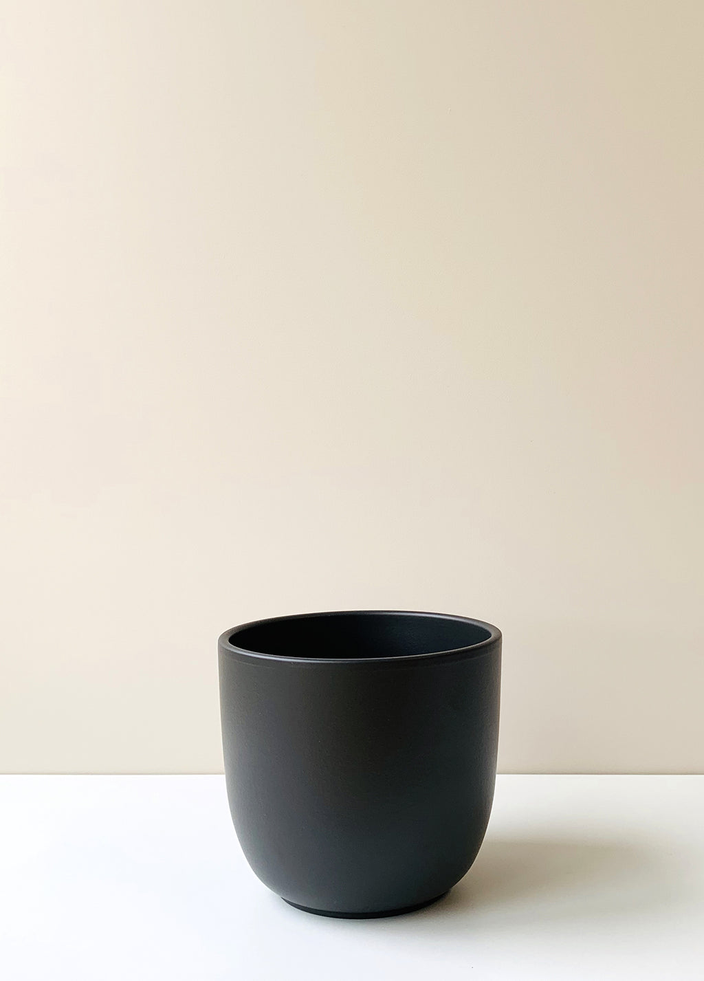 Tusca Matte Black Ceramic Planter