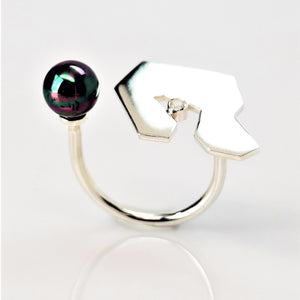 Contemplation Ring 1 in High Polish - Sterling Silver, White Topaz, Peacock Freshwater Pearl - TIN HAUS Jewelry