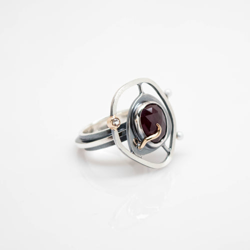 Teria Ring - Customized with Ruby Gemstone - TIN HAUS