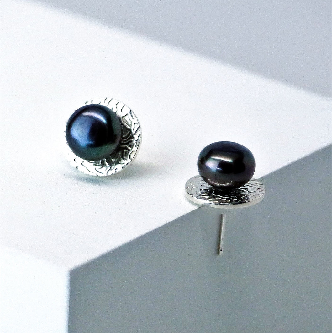 Eclipse Studs in High Polish - Sterling Silver, Peacock Freshwater Button Pearls - TIN HAUS Jewelry