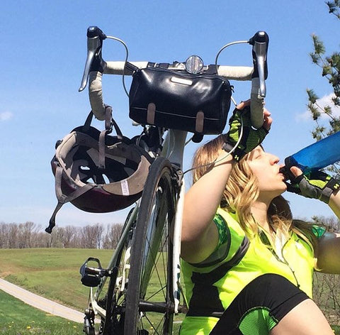 Biking in hot weather: drink water!