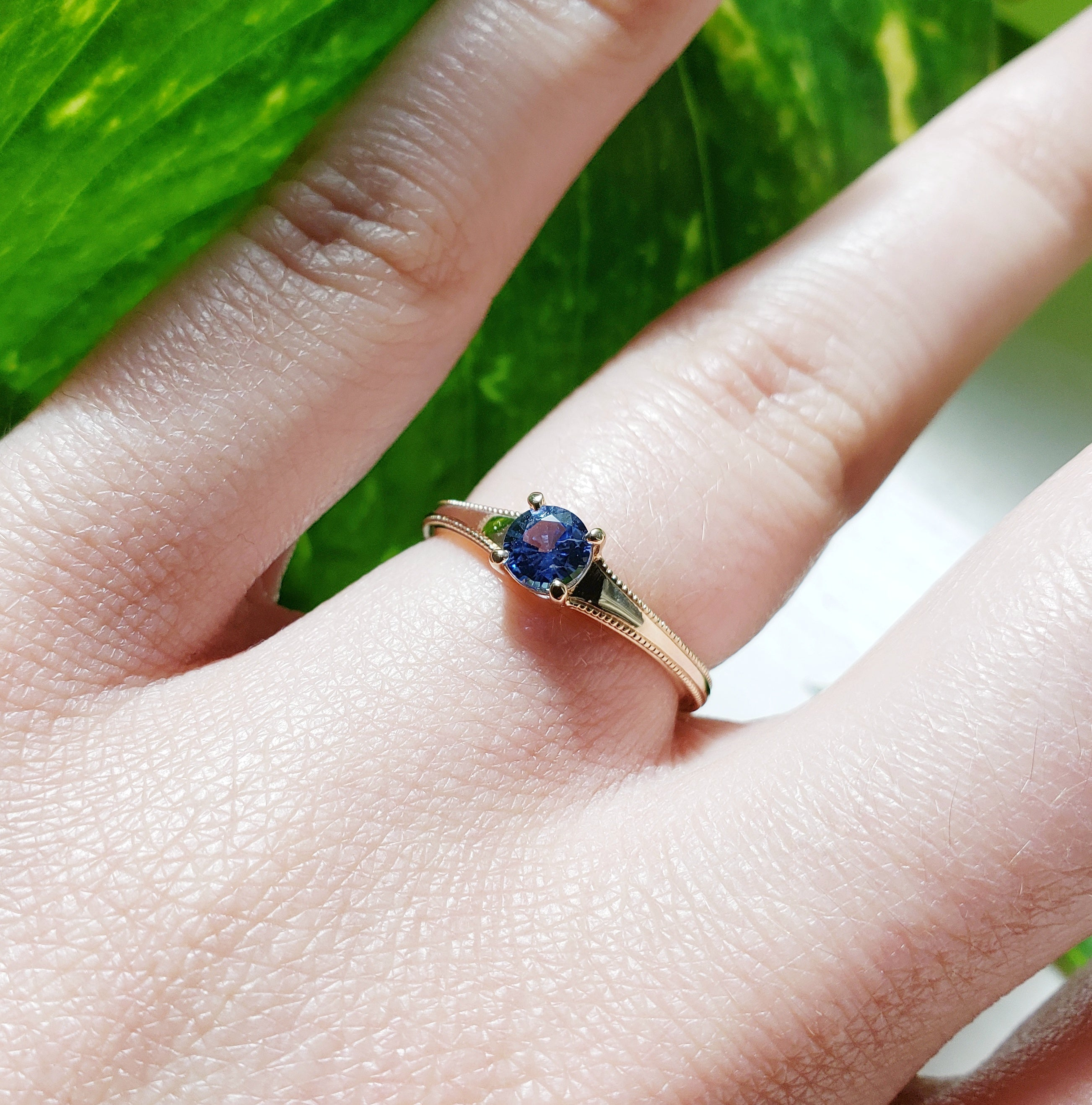 14kt yellow gold round brooke blue sapphire millgrain handcrafted era design vancouver engagement ring