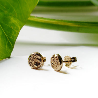 14kt yellow gold concrete texture natural rough rustic stud earrings era design
