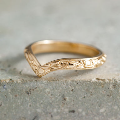 Scroll Engraved Chevron Engraved Wedding Band - Era Design Vancouver