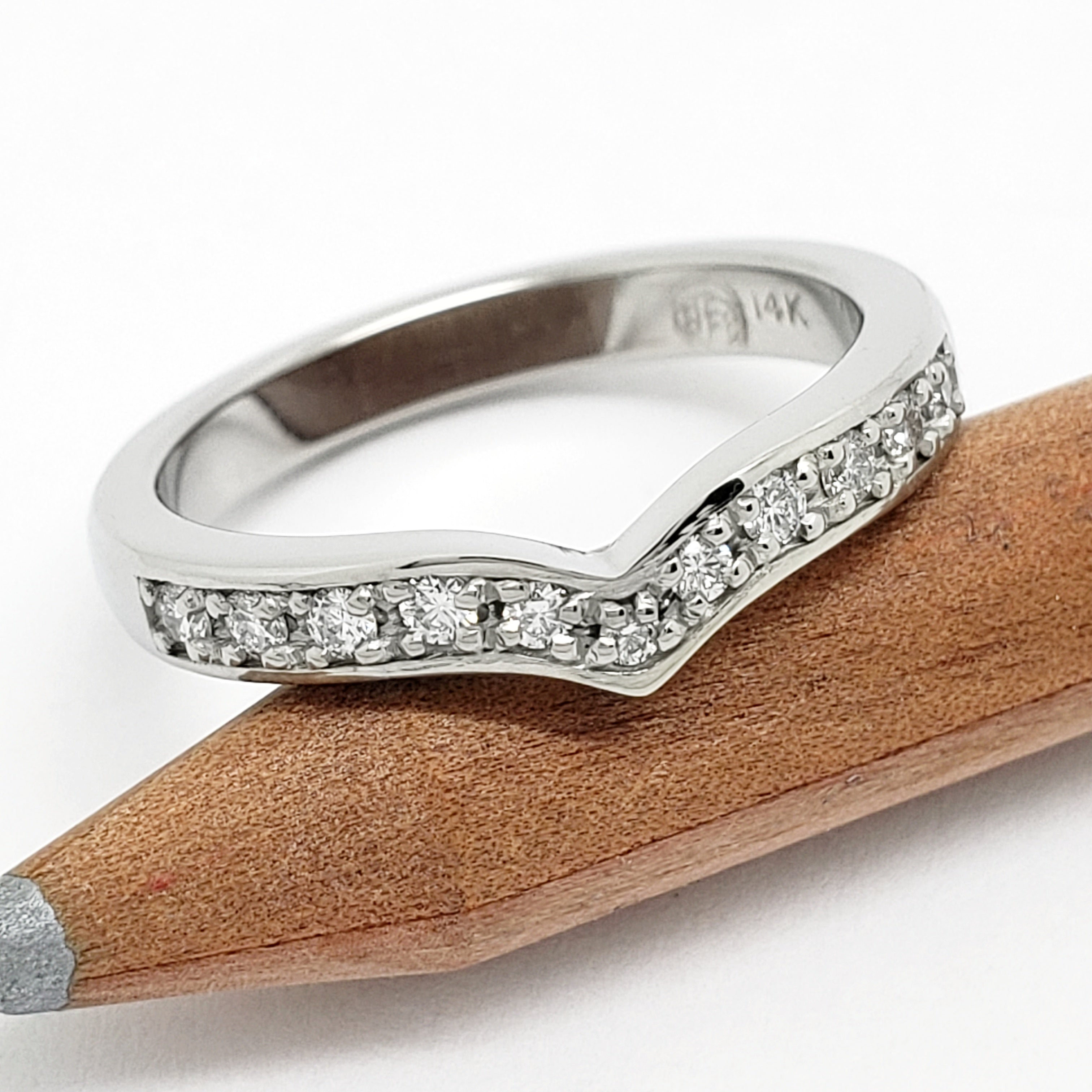 Canadian Diamond Wedding Ring | Era Design Vancouver Canada
