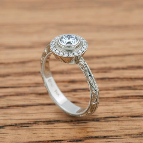 Canadian Diamond Circ Halo