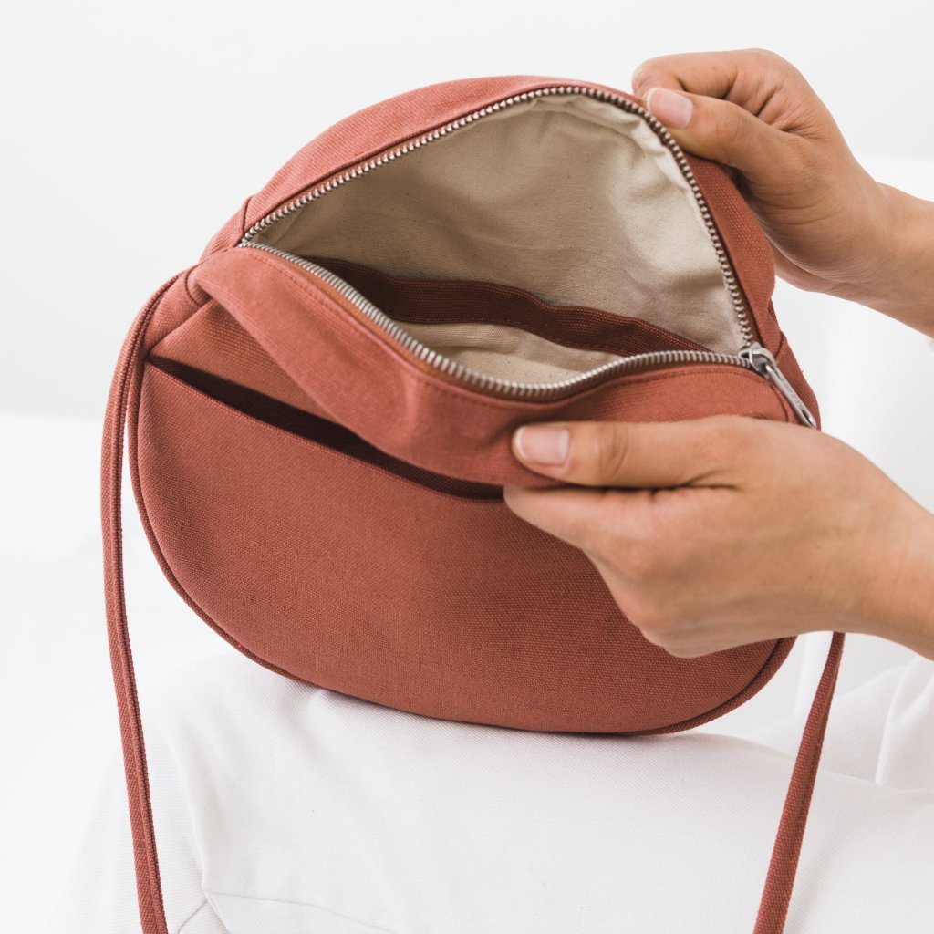 Baggu: Canvas Circle Purse - Terracotta
