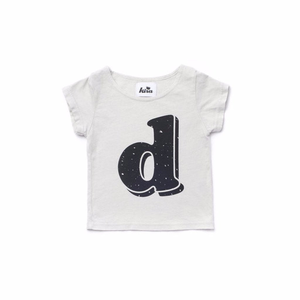 Alphabet T-shirt: D, Light Grey