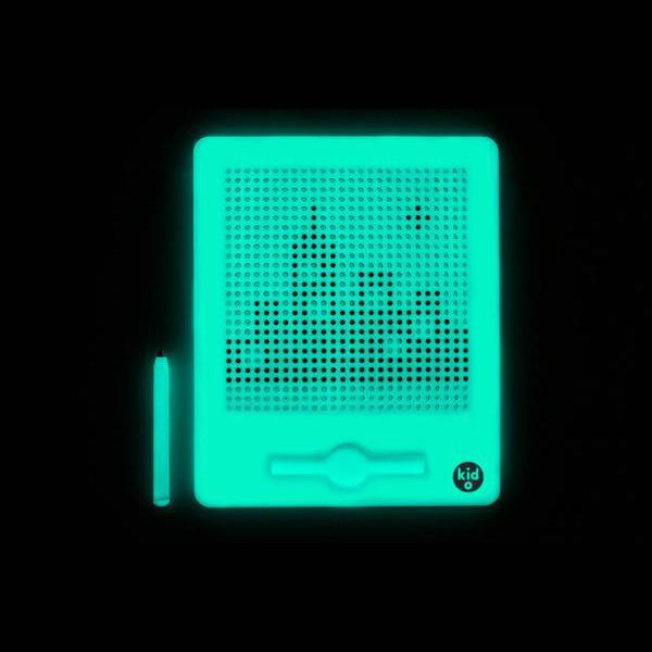 Kid O: Jumbo Glow-in-the-Dark Magnatab 3+