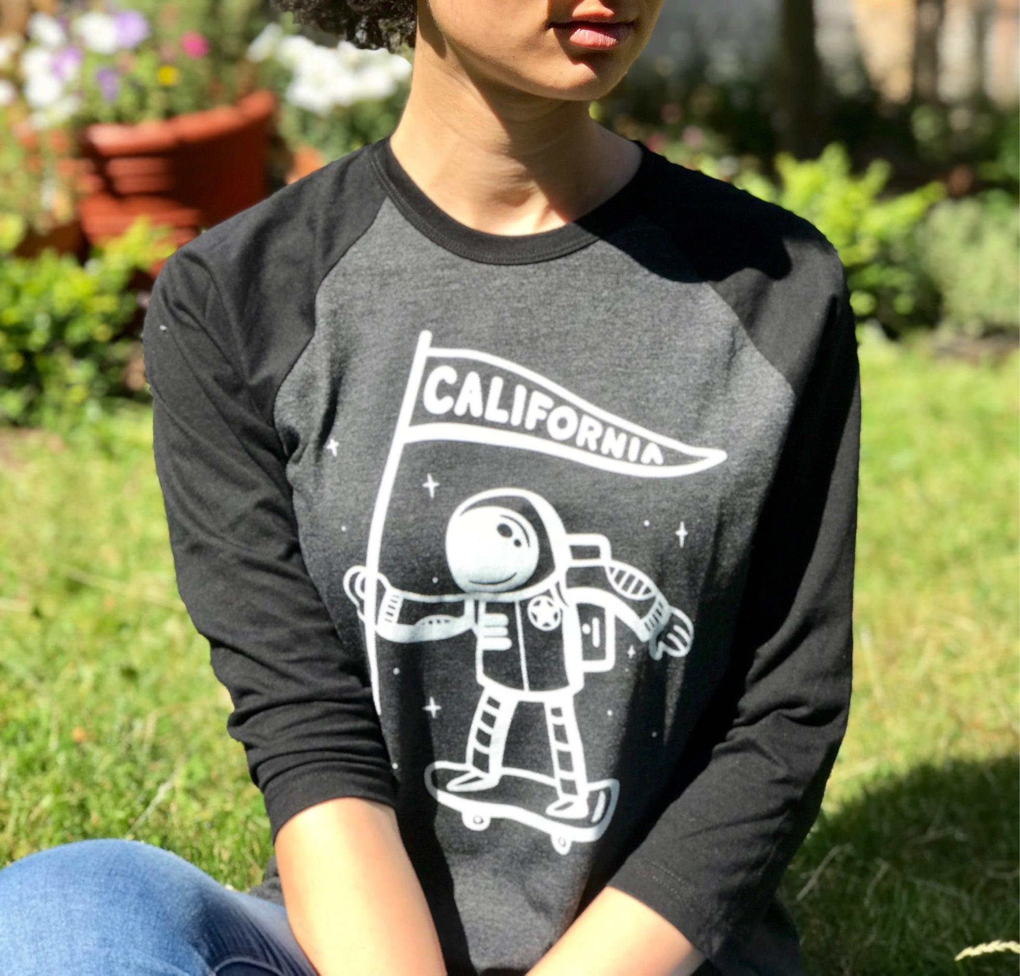California Astronaut Raglan T-shirt, Heather Black | Unisex Adult