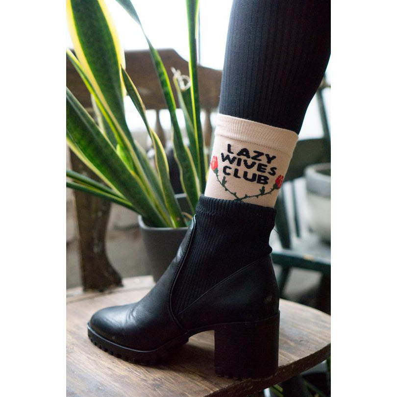 Stay Home Club: Lazy Wives Socks