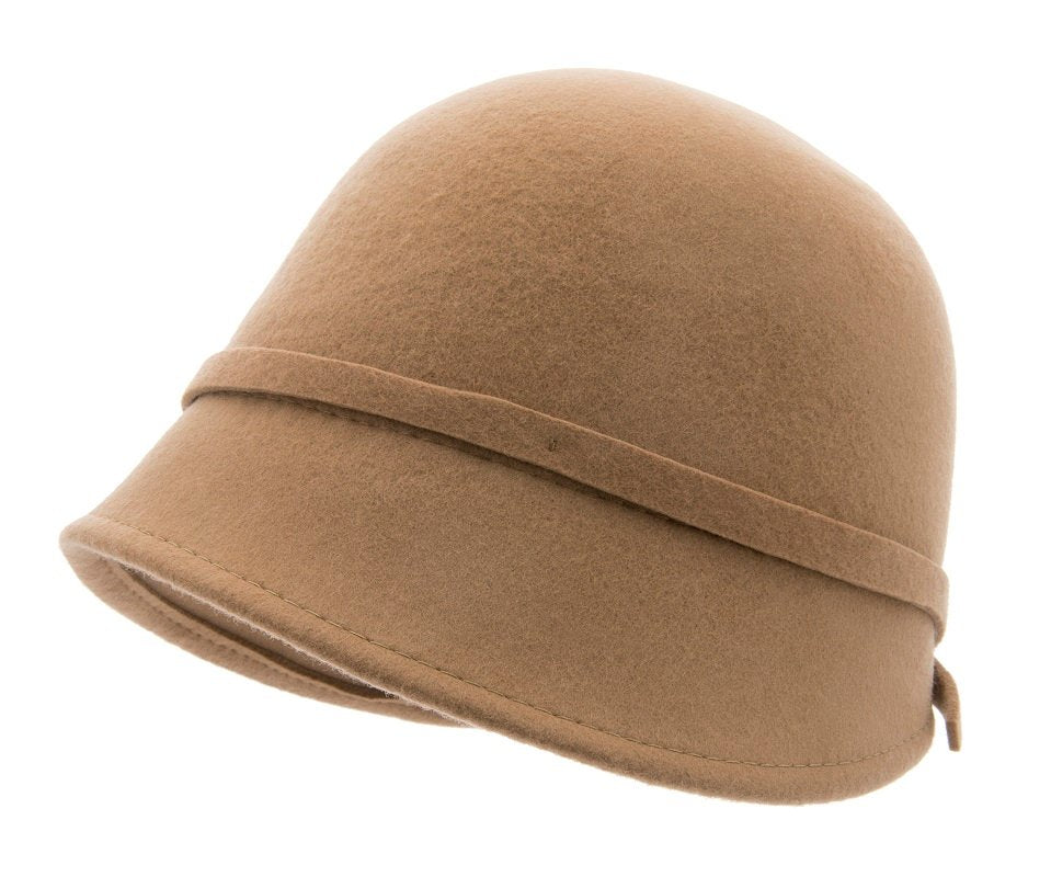 Analise Sr. Cloche felt hat Camel