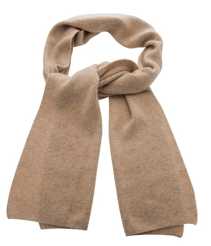 Scarf - Vivien Sr. Knitted Scarf Cashmere Sand - CTH Ericson of Sweden