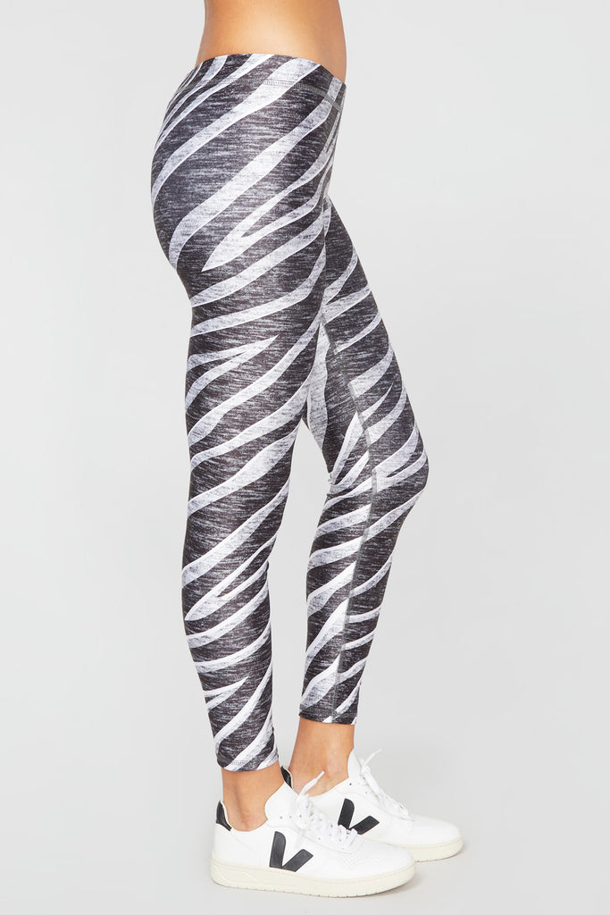 Zen Zebra Slim Band Leggings