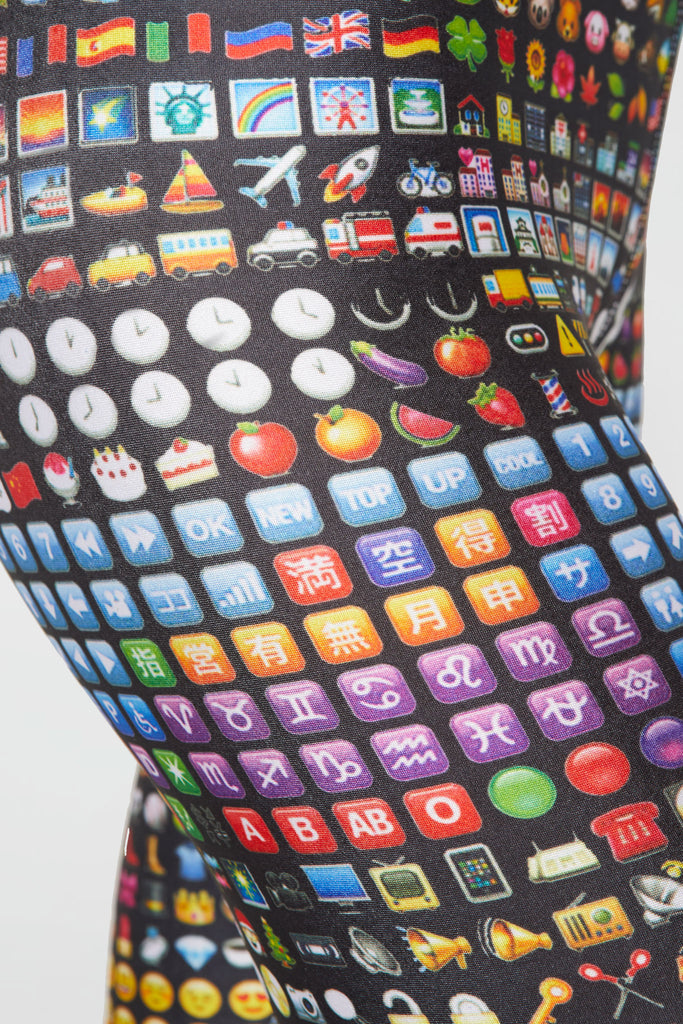 Emoji Slim Band Capris