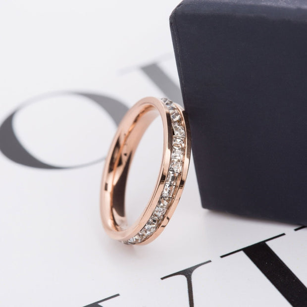 2018 Fashon 1 Row Crystal Stainless Steel Rings For Women Single Row Crystal Wedding Ring Jewelry Wholesale
