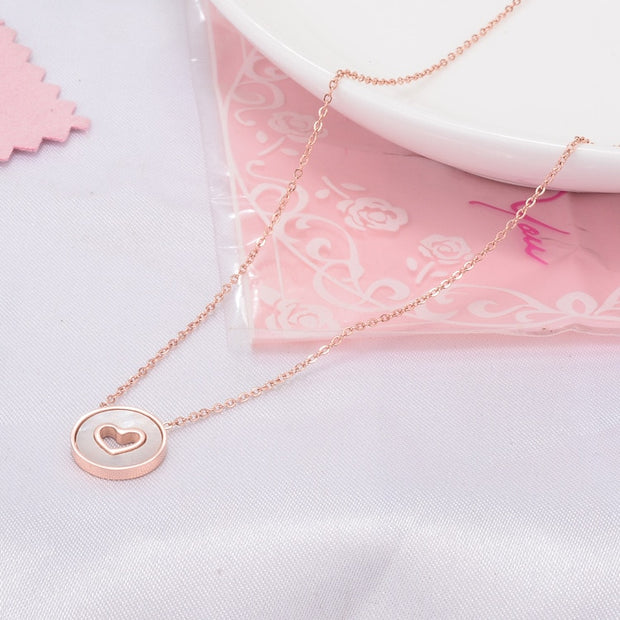 2019 Rose Gold Color Stainless Steel Necklaces & Pendants For Women, Trendy Love Heart Natural White Shell Necklace Jewellery