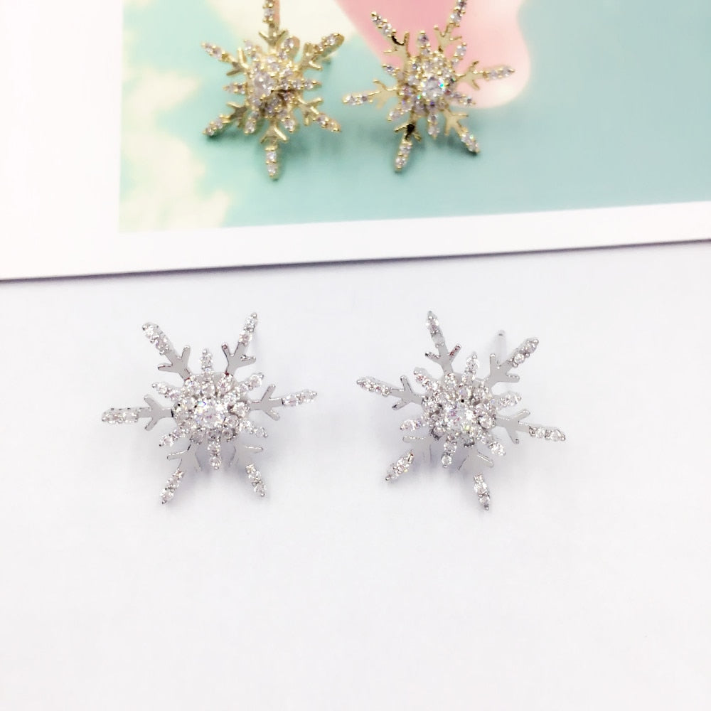 Women Fashion 925 Sterling Silver Snowflakes Stud Earrings Jewelry Xmas Gifts WT