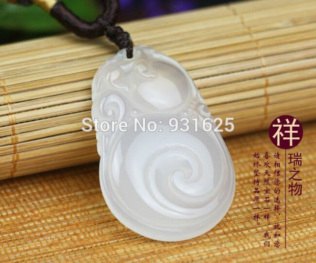 Beautiful Top Quality Ice Clear Ruyi Lucky Amulet Pendant Necklace 40x25mm Fashion Woman Man's Pendants Jewelry