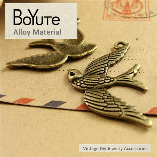 BoYuTe (50 Pieces/Lot) 22*35MM Zinc Alloy Metal Charms Antique Bronze Plated Bird Pendants Diy Jewelry Making Findings