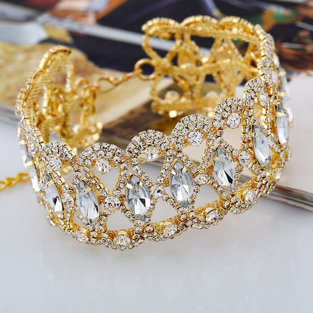 Luxury Hollow Flower Crystal Rhinestone Choker Collar Women Gold Silver Chain Necklace Statement Wedding Jewelry For Party