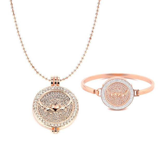 New Arrival Heart Claddagh With Full Crystal My Coin Pendant Moneda Necklace And Stainless Steel Bracelets For Women