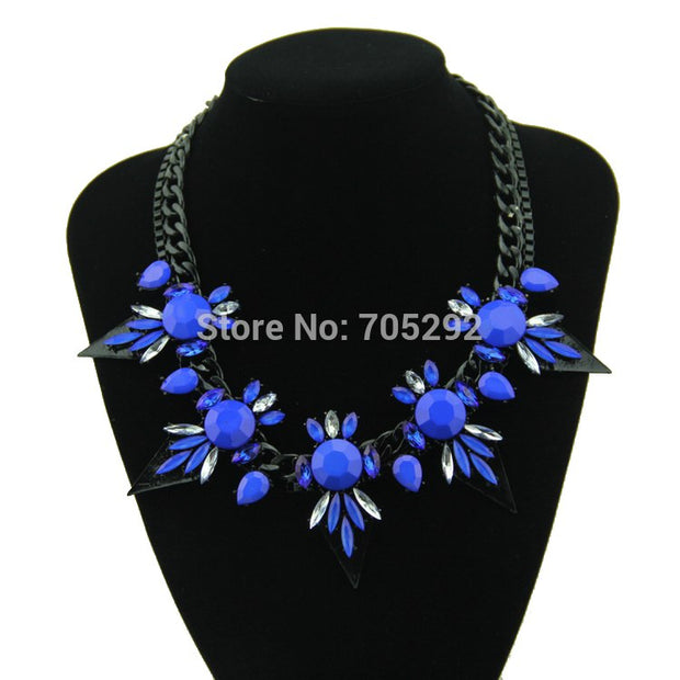 New Vintage Hot Sale Choker Triangle Crystal Necklace & Pendants For Women