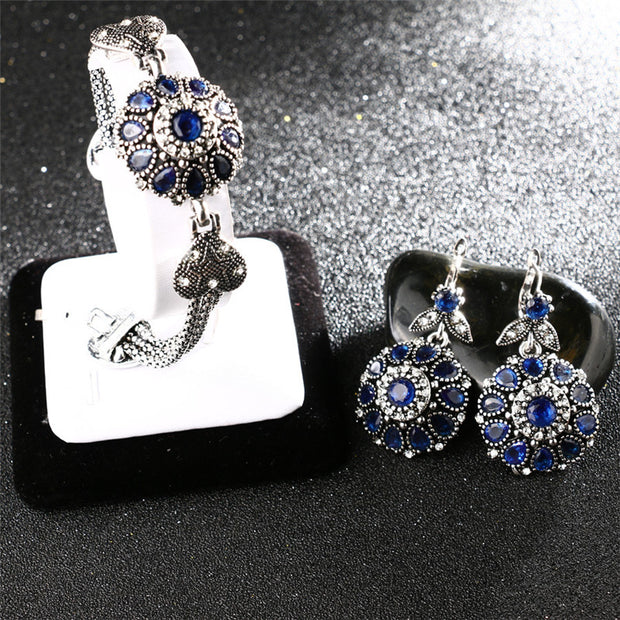 Retro Jewelry Sets Silver Color Round Flower Crystal Ring Earring Bracelet And Pendant Trendy Necklace Set