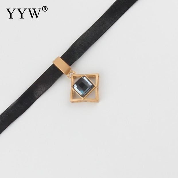 Temperament Choker Pu Leather With Crystal Zinc Alloy With Extender Chain Gold Color Plated For Woman Jewelry