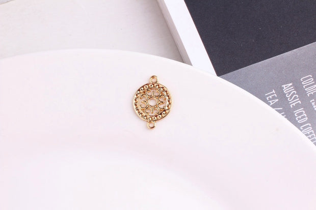 Trendy New Bright Gold Tone Alloy Antique Hollow Out Cross Flower Round Pendant Charms 50PCS 20PCS Ornament Necklace Pendants