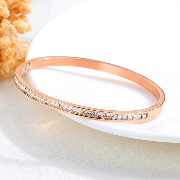 ZooMango Classic Stainless Steel Rose Gold Cubic Zirconia Cuff Bangles Bracelets Lovers Jewelry Valentine's Day Gift ZOGH935