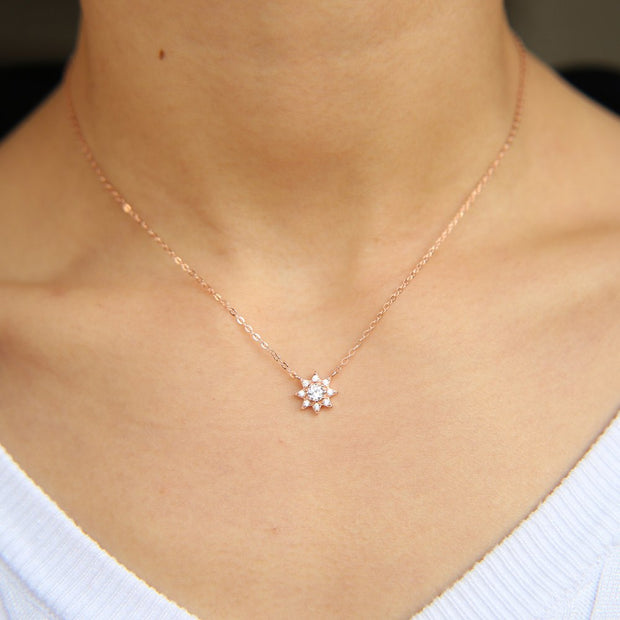 Factory Directly Price 925 Sterling Silver Jewelry Yong Girl Gift Tiny Delicate Cz Sun Charm Cute Silver Necklace