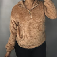 Cozy sweater camel