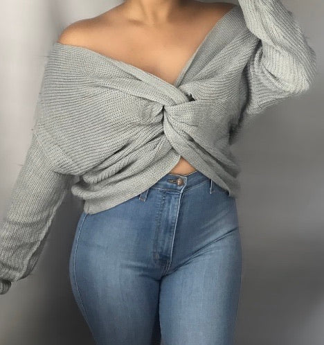 Crisscross sweater gray