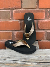 Load image into Gallery viewer, Shawn - Gold Youth Sandals