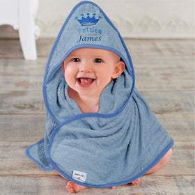 Prince hooded towel with crown