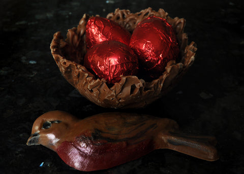 Chocolate Robin & Chocolate Nest of Eggs