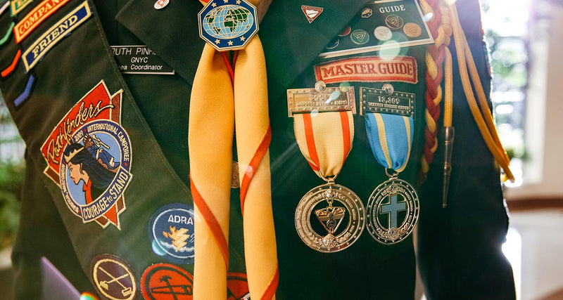 Largest Pathfinder Scarf World Record Medal - Pinfinder Club