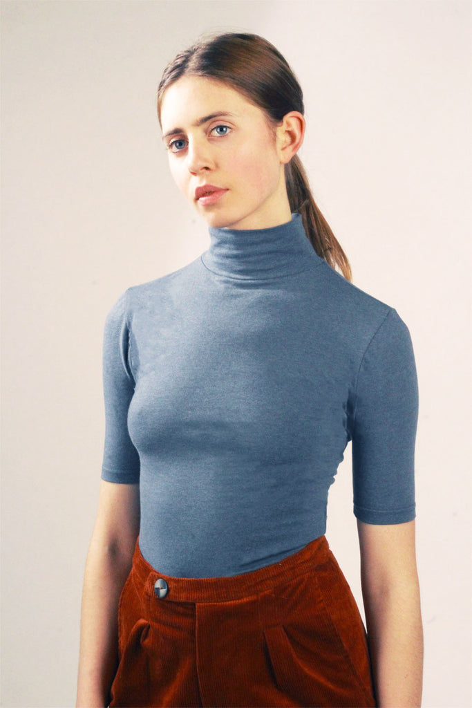 Sustainable Turtleneck in Air