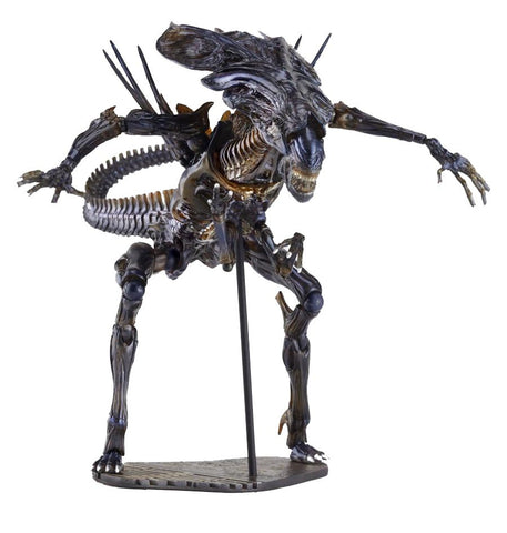 Alien Queen Sci-Fi Revoltech #018 Action Figure