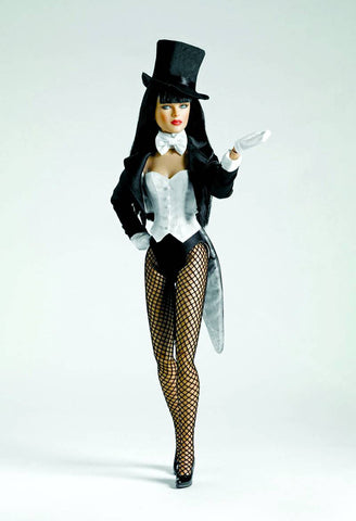 Zatanna Tonner Doll 16 inch DC Universe Collectible Fashion Figure