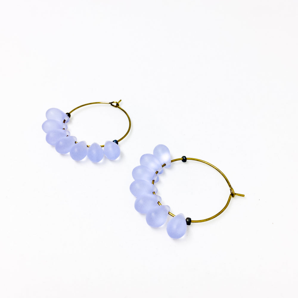 Dewdrop beaded glass hoop earrings in lilac
