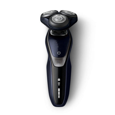 Electric Shaver With Multi Precision Blades