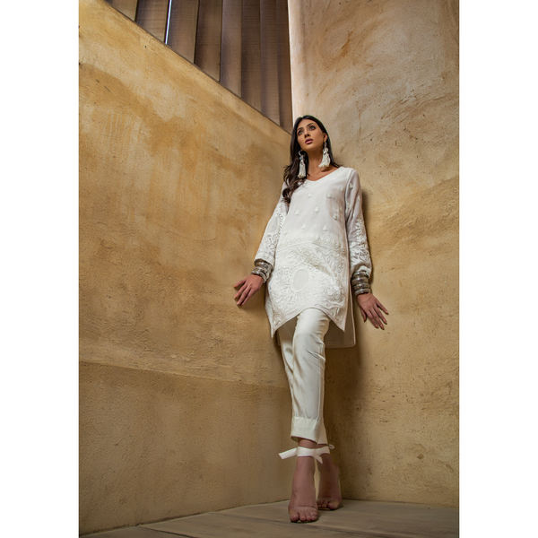 White Rundale Short Kurta