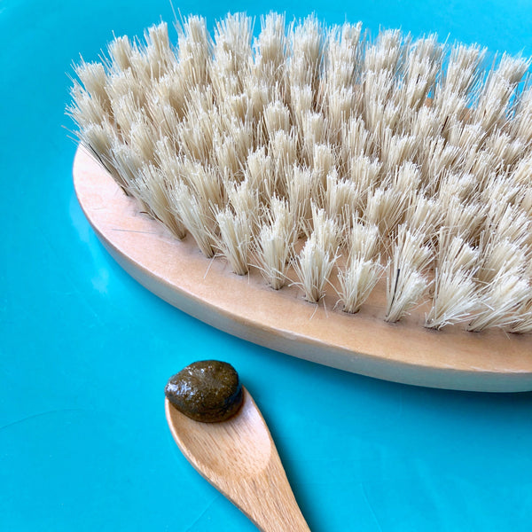 The Benefits Of Dry Brushing and Body Scrubs